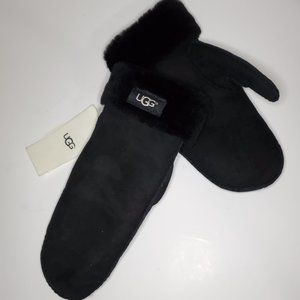 UGG Sheepskin Leather Black Mittens